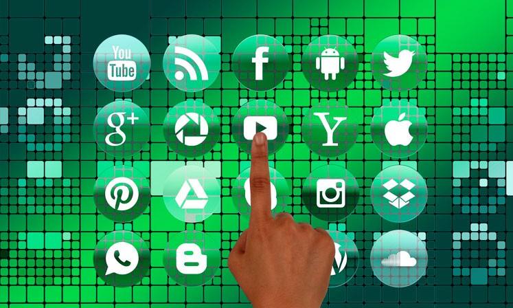 MMPCFL-Email-&-Social-Media-Marketing